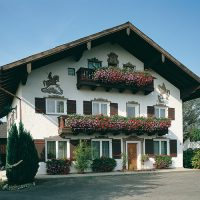 photogalerie_HINTERS_bauerhaus_weiss